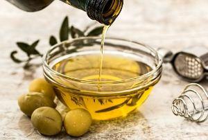 coconut oil vs olive oil best is olive oil