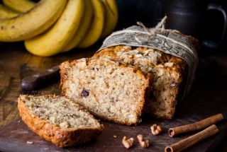 banana-honey-and-walnut-loaf